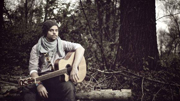 JAN SUCHANEK - Singer/Songwriter Liedermacher Acoustic Pop Live Act in Wartenberg