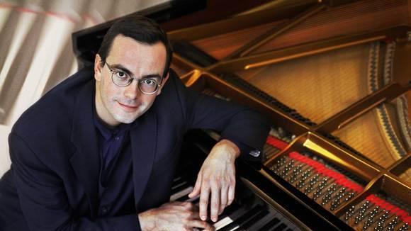 Pietro Pittari - Soundtrack - Film Romantik Jazz Piano Live Act in Düsseldorf