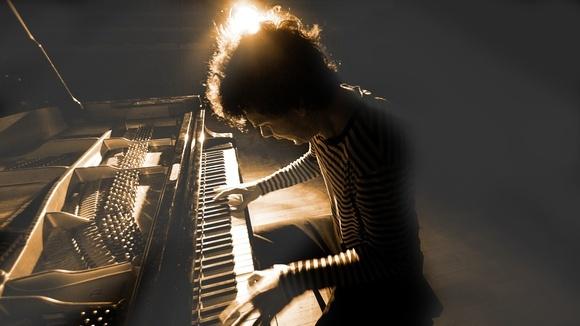 metamorphosen - Electro Experimental Minimal Electro Jazz Piano Live Act in Leipzig
