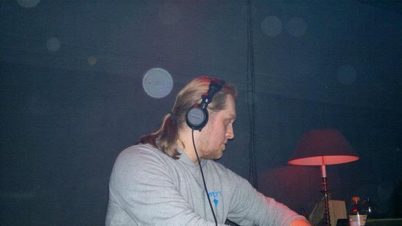 Relique - House House Techno DJ in Berlin