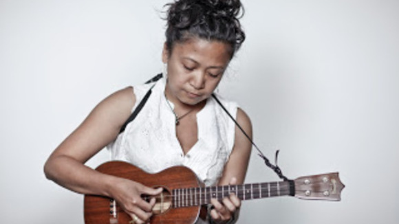 Aireene Espiritu - Folk Singer/Songwriter Bluegrass Live Act in Oakland