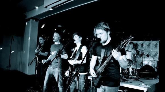 Manivia - Heavy Metal Live Act in Berlin