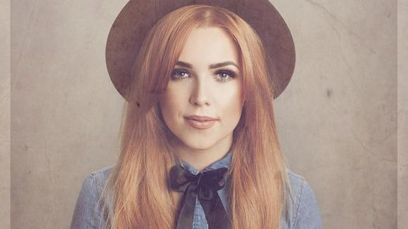 Laura Oakes - Country Americana Pop Live Act in Liverpool/London
