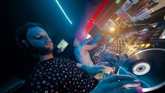 NoHeDidn't - Techno Techhouse DJ in Saarbrücken