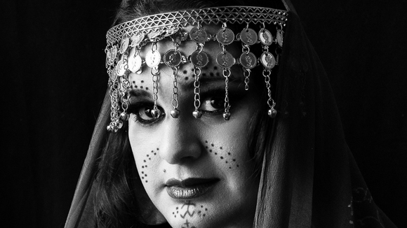 Alya Marquardt - Vocal Jazz Avantgarde Jazz Ethnojazz Worldmusic Alternative Folk Live Act in LONDON