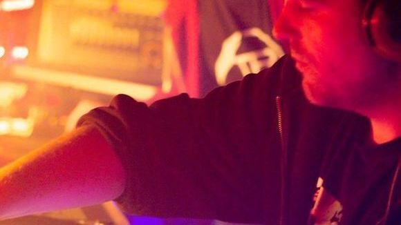 Chris Cuesaek - Dark Techno Minimal Techno Techno Electro Deep DJ in Kitzingen