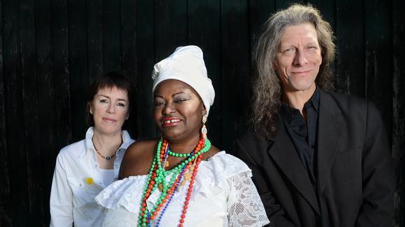 Eutalia  de Carvalho & Oloyé Band - Afro-Latin Bossa Nova afro jazz SambaJazz Brazilian Jazz Live Act in Berlin