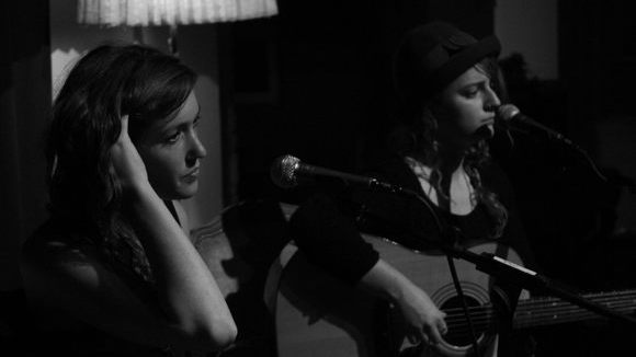 Trinidad Doherty & Johanna Amelie - Singer/Songwriter Folk Acoustic Pop Rock Live Act in Berlin