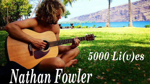 Nathan Fowler - Fingerstyle Acoustic Live-Looping Live Act in Captain Cook