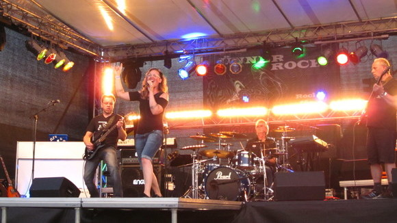ÜNNERROCK - Rock Cover Partymusik Live Act in Schleswig