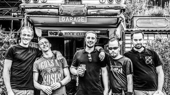 Acht Bier Später - Punkrock Skapunk Punk Rock Live Act in München