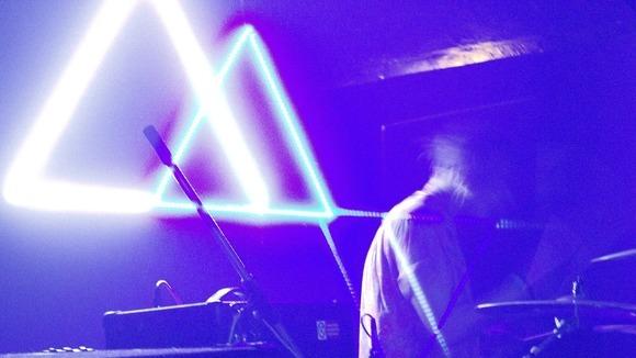 Half White Half Blue - Synthiepop Indiepop Pop Electro Indie Live Act in Bratislava