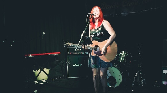 Lily Gaskell - Acoustic Folk Acoustic Folk-Punk Punk Live Act in Sheffield