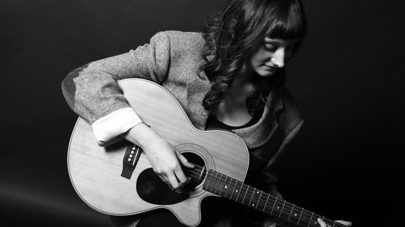 Becky Webb - Folk Live Act in Sheffield