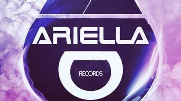 AriellaMedia - Alternative Techno Electro Hip Hop Live Act in Brantford