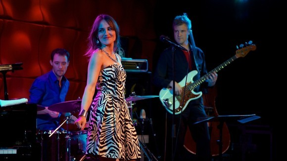 Anne Chris Band - Jazz Soul Melodic Elektro-akustisch Groove Live Act in Amsterdam