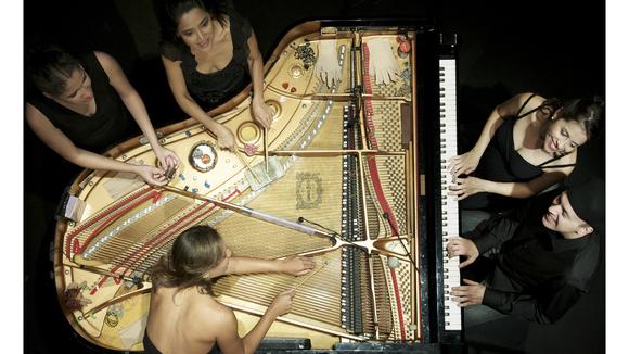 PianOrquestra - Worldmusic Experimental ETHNIC Brazilian Jazz Live Act in Rio de Janeiro