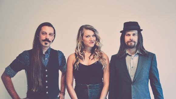 Red Moon Road - New Folk Americana Singer/Songwriter Roots Folk Pop Live Act in Winnipeg