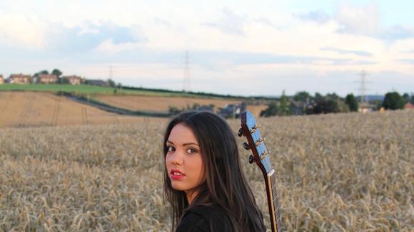 Jade Helliwell - Country Pop Live Act in Leeds