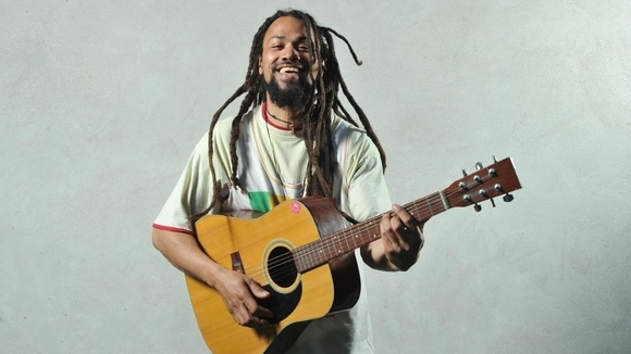 JImmy I Muze aka SattaTree - Roots Reggae Singer/Songwriter Pop Soul Afro Live Act in Berlin