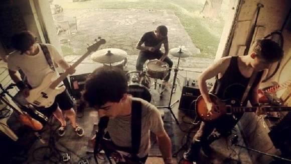 GYOZA - Alternative Rock Postrock Indie space rock Grunge Rock Live Act in barcelona