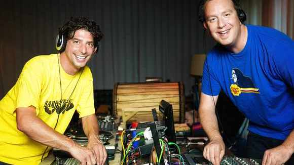 Doblhoff & Muck - Minimal Techno Techhouse Afro-Latin Clubtunes Urban Grooves DJ in Wien