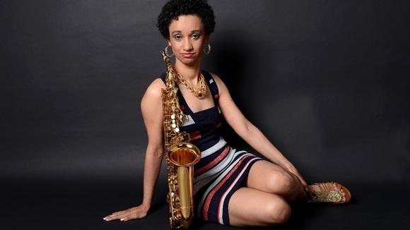Elis Pethke - Brazilian Jazz Lounge Jazz Pop SambaJazz Live Act in Niebüll