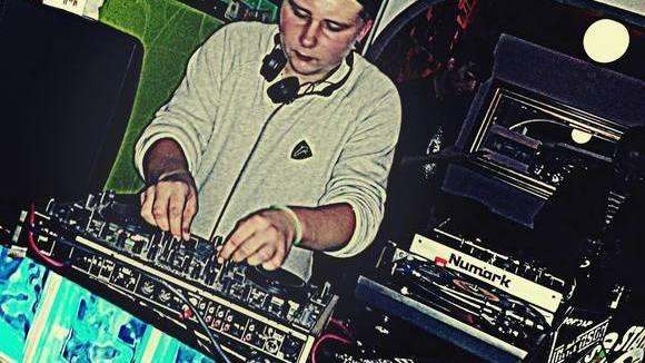 Ambitious - Techno Techhouse Deep Techno Future House DJ in Nattheim
