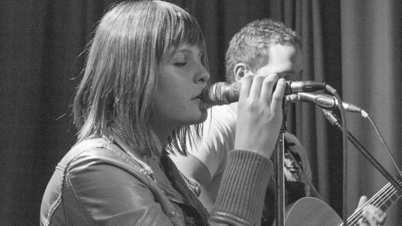 melli-zech - Songwriter Cover Live Act in Pähl