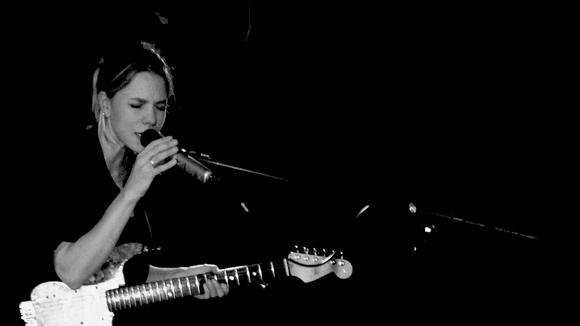 Sylva Kay - Alternative Folk Live Act in Oxford