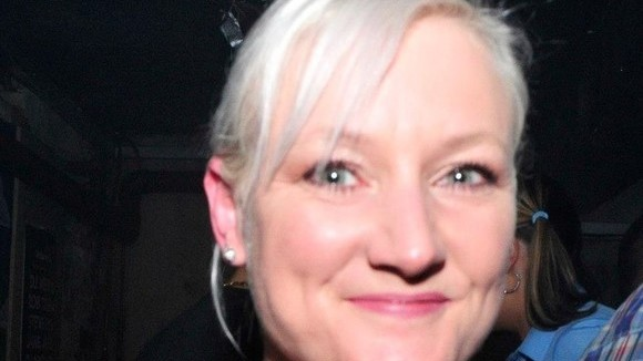 Helen Dickinson - Vocal House Techhouse Disco Electro Funk,  DJ in Huddersfield