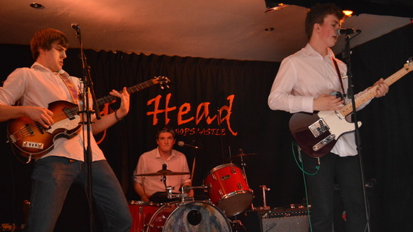 The Sun Hotel - Alternative Rock Indiepop Indie Live Act in Llanymynech