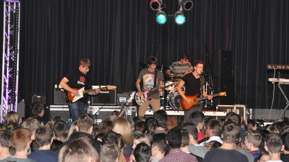Halting Perception - Alternative Rock Alternative Hard Rock Rock Punkrock Live Act in Frankfurt(Main)