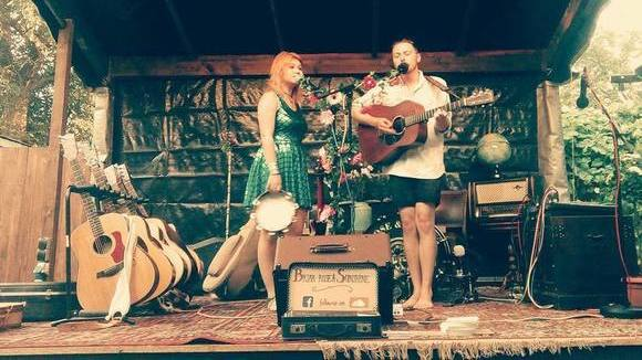 Briar Rose & Sunshine - New Folk Folk New Country Live Act in Teltow