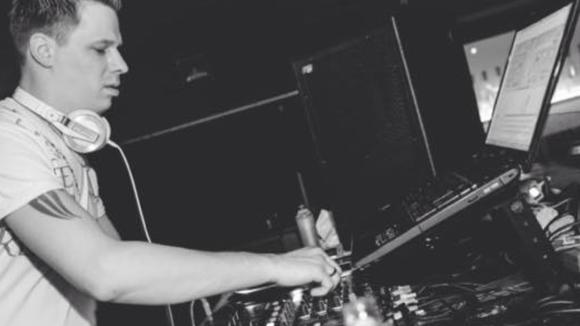 Xerrav - edm Minimal Techno House Techno Electro DJ in Bedburg