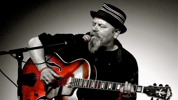 Mike 'Dr Blue' - Blues Roots Live Act in Brighton and Hove