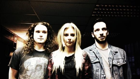 ILSER - Alternative Blues Rock Post-Grunge Post-Punk Rock Live Act in Newcastle Upon Tyne