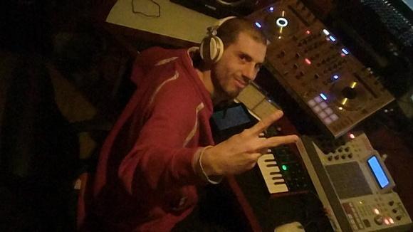 DJ Bass Dealer - Techno Drum 'n' Bass Progressive Techno Dark Techno Deep Techno DJ in Saarbrücken