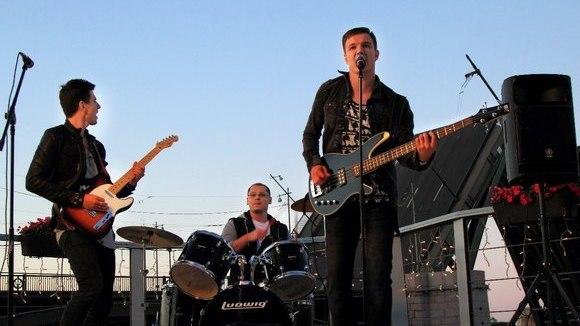 АЙКИDО - Indie Rock 'n' Roll Britpop Rock Garage Rock Live Act in Saint-Petersburg
