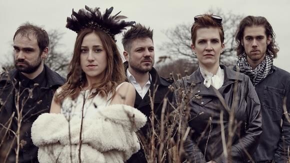 Darla And The Blonde - Alternative Rock Folk Rock Rock Live Act in London