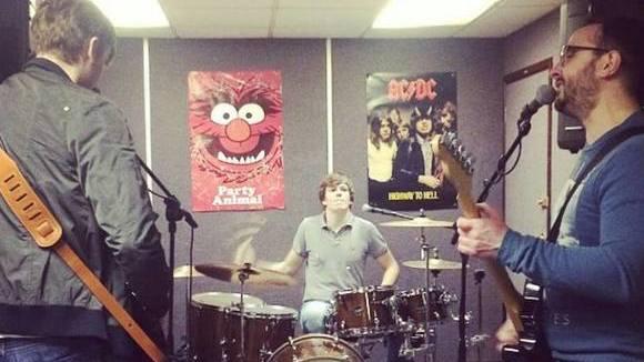 Cask - Rock Grunge Punk Rock Alternative Rock Live Act in Manchester
