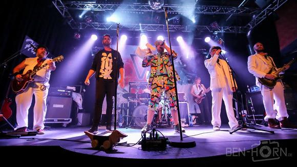FLOATIZ - Alternative Hip-Hop Deutsche Texte Live Act in Bonn