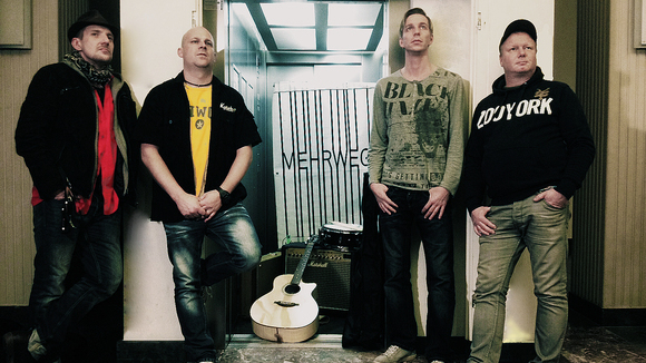 MEHRWEG-Band - Power Rock Rock Cover Garage Rock Live Act in Rathenow