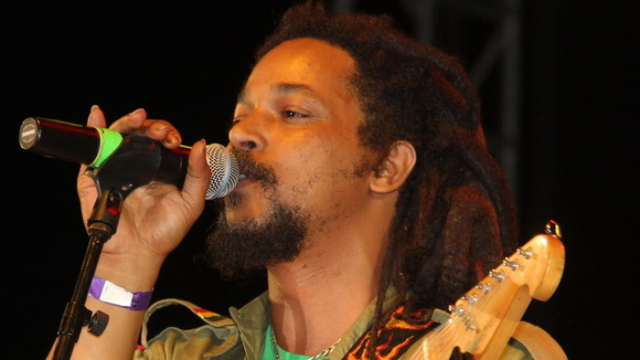 Yvad - Reggae Rock Cover Melodic Roots Reggae Live Act in kingston