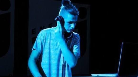 Nachtaktiv aka. Chris Maviisik - Techno Melodic DJ in Heilbronn