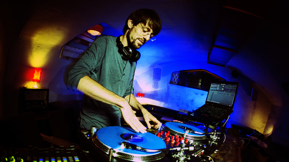 Andreas Mrogenda - Mainstream Drum 'n' Bass Breakbeat Hip Hop Moombahton DJ in Mainz