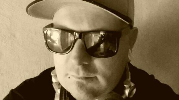 K.n.o.x - Techno Minimal Techno Dark Techno DJ in Schwalbach