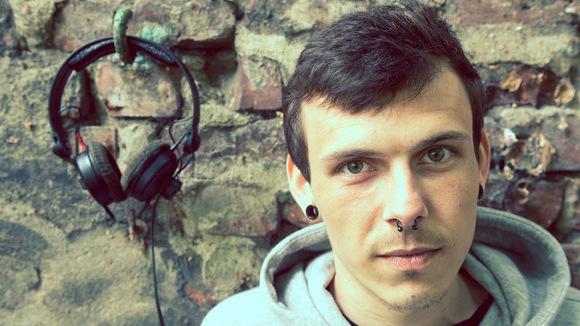 Steven Haß - Techno Techhouse Minimal Techno House Techno DJ in Hamburg