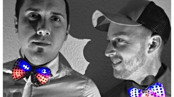 Bow Duo - Elektronische Tanzmusik Electro Trap DJ in Aurich