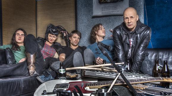 LiLYLOVESiT - Alternative Rock Punk Electronic Live Act in München